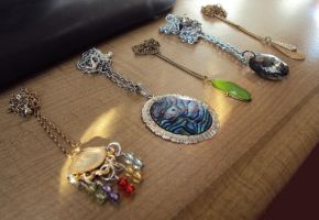 Necklaces by Alondra-chui