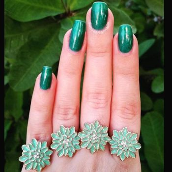 Teal Nails with Flower Rings by redrosenava