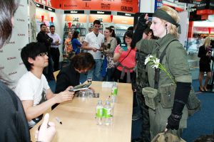 Hideo Kojima Autograph session by oOButler-ChanOo