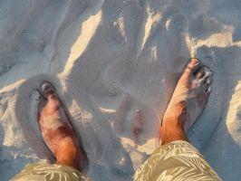 My feet on Clearwater Beach by jelbo