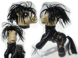 Custom: Edward Scissorhands by songbird21