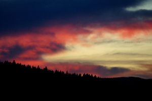 red clouds by Mittelfranke