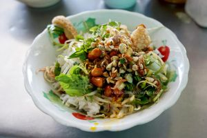 Com Hen - Rice with mussels - Vietnamese cuisine by vungoclam