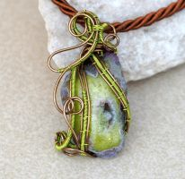 Green freeform druzy agate wire wrapped pendant by IanirasArtifacts