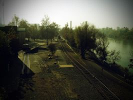 Railroad Tracks by theworst24