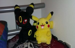 Umbreon and Pikachu by Freewolf7