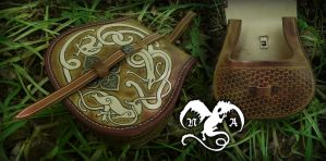 Viking belt bag by Noir-Azur
