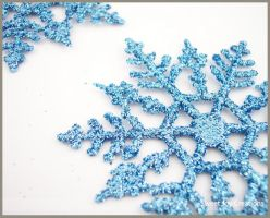 cold blue snowflake by SweetJoyCreations