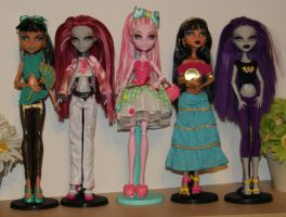 Current dolls for sale by rainbow1977