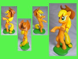 Rearing Applejack Sculpt by CadmiumCrab