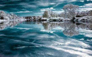 Mirror of Ice by nxxos