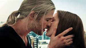 Thor and Jane kiss gif 2 by Marianagmt