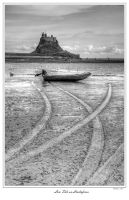 Low Tide on Lindisfarne by pjones747