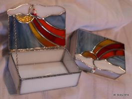 Stained Glass Trinket Boxes by lenslady