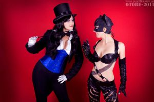 Zatanna and Cat Woman by Reryuuzu