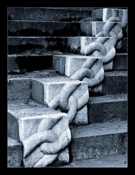 chain steps by faith-in-chaos