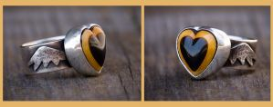 Bakelite Heart Ring by rgyoung
