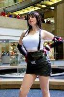 Tifa Lockhart 2 - Youmacon 2012 by SFLiminality