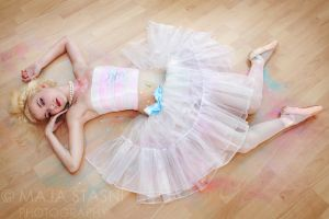 Ballerina by fatallook