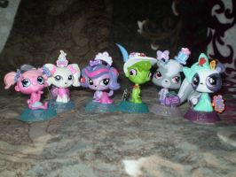 Littlest Pet Shop (toys) by Hedgehog-Russell