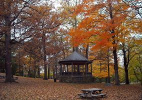 Autumn Bandstand by body-electric