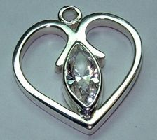 Sterling Heart Pendant by Utinni