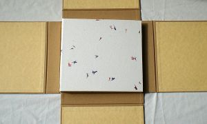 Wedding Guestbook Flowers in the Snow and case by GatzBcn