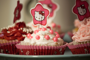 Hello Kitty Cupcake-1 by Neko-CosmicKitty