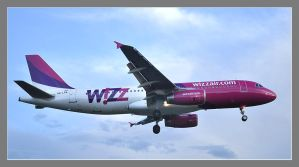 Spotting Airbus A320 Wizz Air by MarcinG1