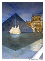 le Louvre by bracketting94
