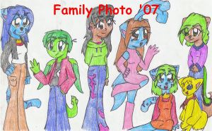 Another Crazy Neopet Family by MiyakuBubbles