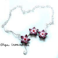 Red flower neckalce by OlgaC