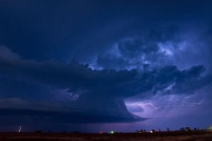 Nighttime Updraft by Bvilleweatherman