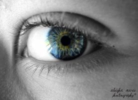 Cole's eye by AleighaRawr