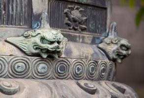 Carvings at Tosho-Gu in Ueno by SuperPope