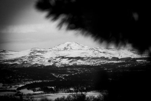 mountains by sbronner