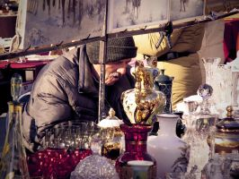 antiques salesman by neronin