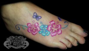Hibiscus design by state-of-art-tattoo