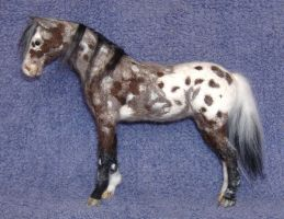 Needlefelted appaloosa by Okarnillart