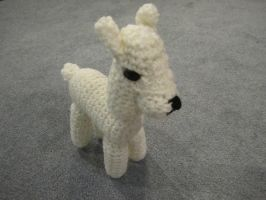 Crocheted Albino Llama by jesspotter