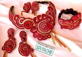 soutache set of earrings, necklace and bracelet by caricatalia