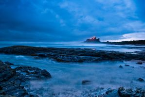 Bamburgh Castle Sunrise 3 by svendo