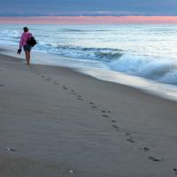 Footprints in the sand. by espressotime
