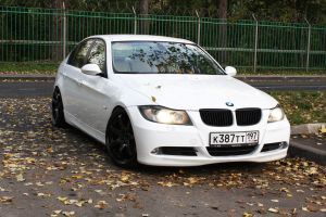 Autumn photoset of Slammed BMW E90 12 by BlackSelf91