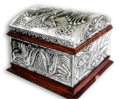 CELTIC  CHEST 2 - COMPLETE. by arteymetal