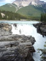 Waterfall 25 by raindroppe