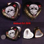 Skull Hearts Container by Undead-Art