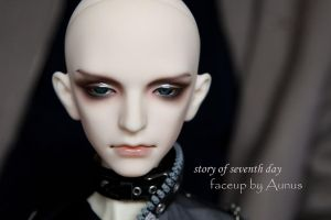 Face up27 by ymglq