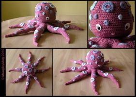 51. Sea Creature - Octopus by MoogleyMog
