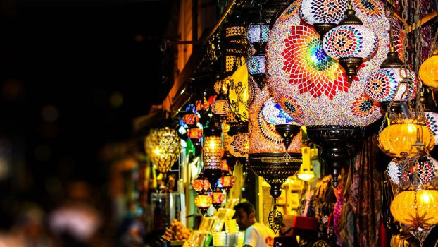 Istanbul Covered Bazaar by sizzlee